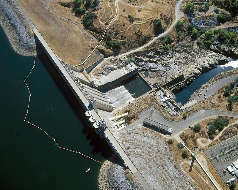 An aerial view of Folsom Dam.